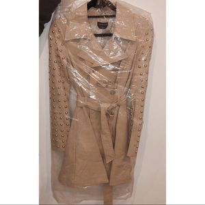 Bebe khaki tan gold studded trench XS